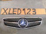 Mercedes c-class w204 С63 AMG решетка радиатора хром